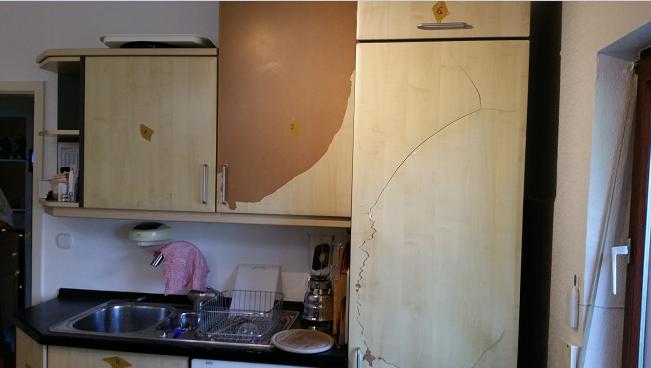 Beschichtung von Küchenfronten löst sich...