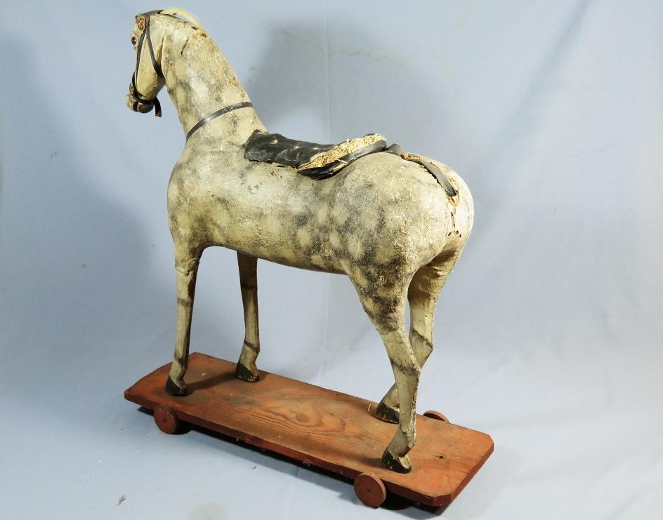 Schaukelpferd Holz Geschnitzt ~   Pferd Ziehpferd um 1880 aus Stroh  Holz  Masse Schaukelpferd  eBay