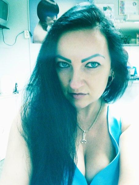 Девочка трансвестит дрочит фото 527-436