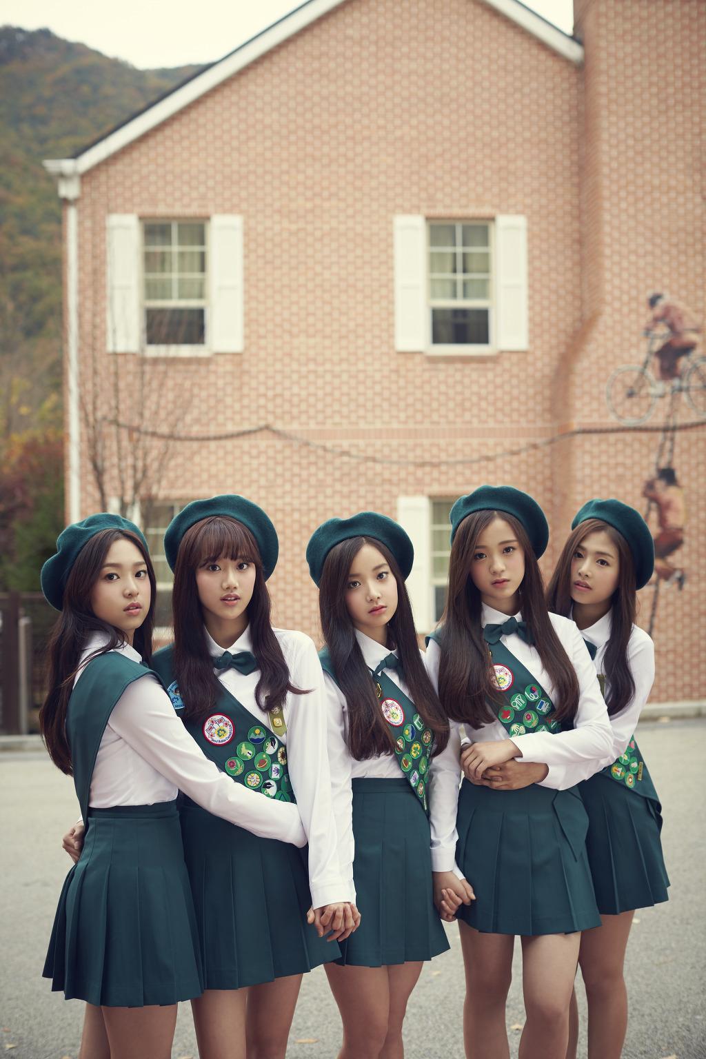 【米国】K-POPの新人女性グループ、空港で身柄を拘束される 売春疑いで[12/11]©2ch.net YouTube動画>22本 ->画像>22枚