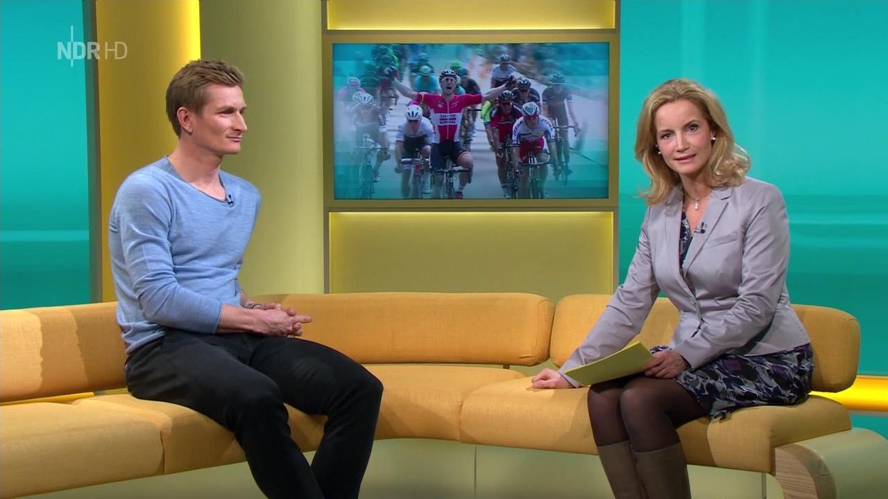 """Birgit Keller """"Nordmagazin"""" Am 29 12 2015 Bilder Bei Mirror"""
