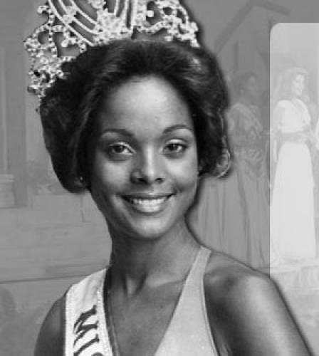 janelle commissiong, miss universe 1977. Kraxara9