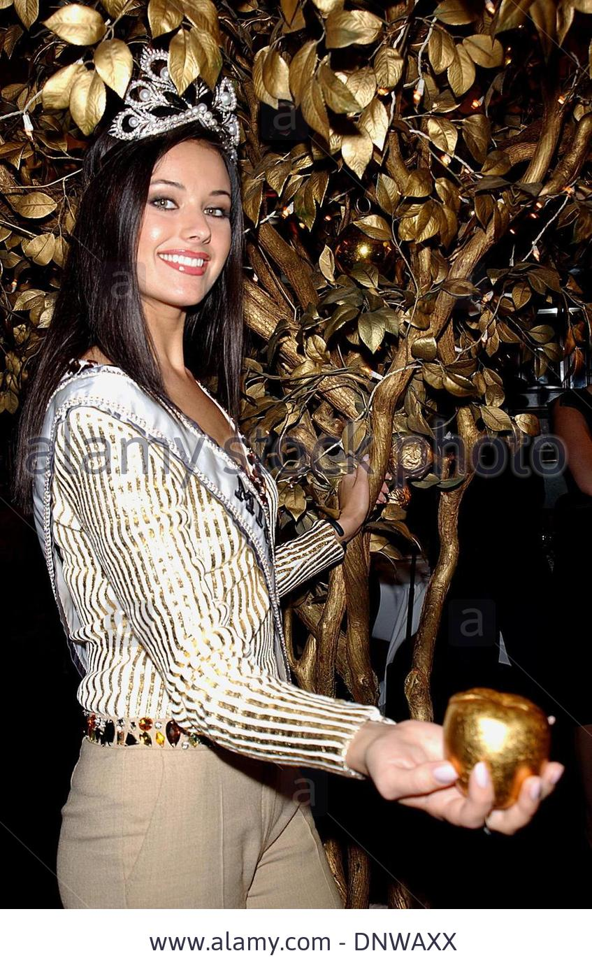 oxana fedorova, miss universe 2002 (renuncio). - Página 4 Kpzt8otg