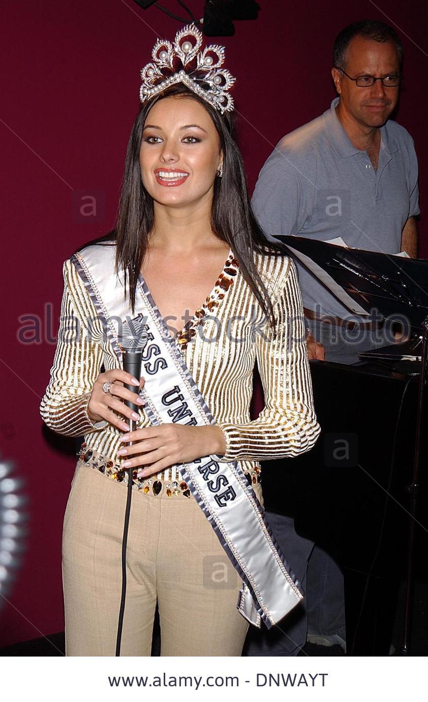 oxana fedorova, miss universe 2002 (renuncio). - Página 4 Swpk9a4d