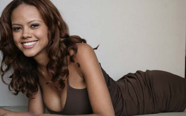 maria claudia barreto, miss brasil internacional 2006. Zlikdpuj