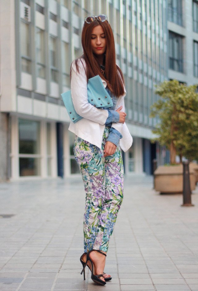 9c8c0e03dff8 They make any outfit elegant in a minute. Here we ve prepared a collection  of stylish outfit ideas with the ankle strap heels and you may get more  ideas ...