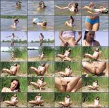 ClubSevenTeen - Cindy T - Cindy Fingers Herself At The Beach (FullHD/487 MB)