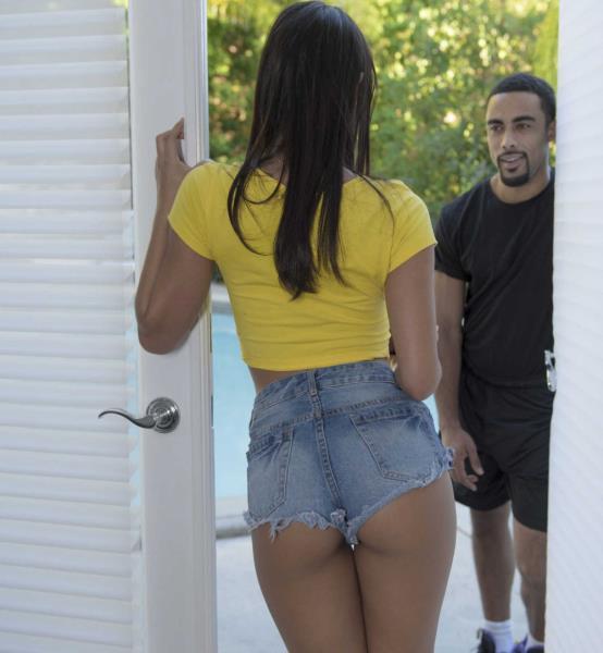 Babes.com : Gina Valentina - A Helping Hand (HD) 2016