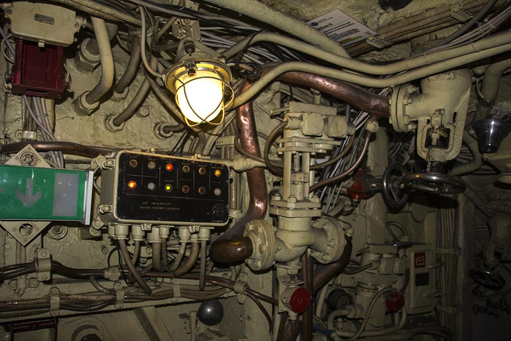 звуки подводной лодки сонар