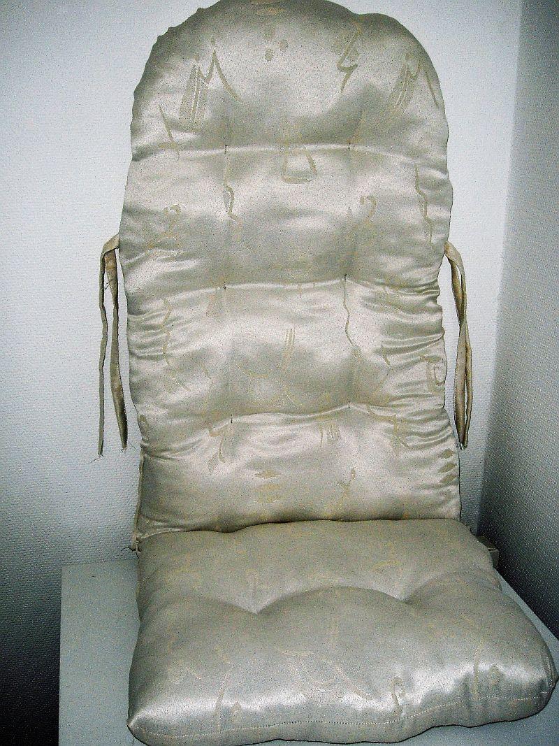 schaukelstuhl auflage polster kissen farbe wei muster sonderangebot ebay. Black Bedroom Furniture Sets. Home Design Ideas