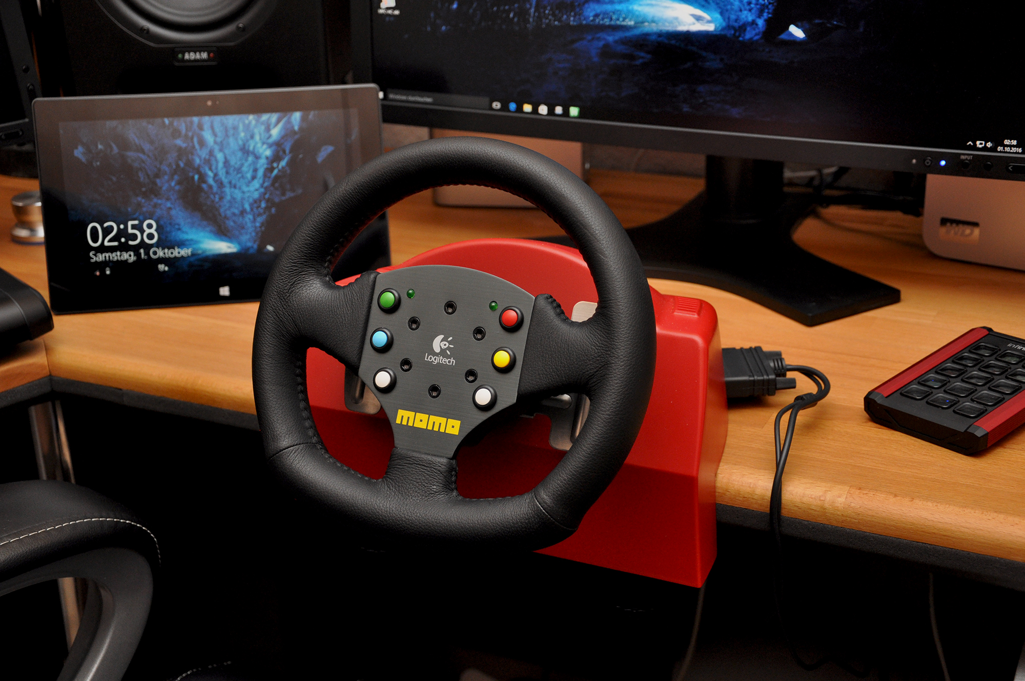 eac0d7cdc4d Please support Logitech MOMO® Force - Red Limited Edition because it's a  nice steering wheel.