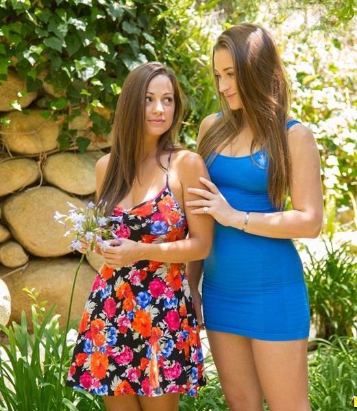 Dani Daniels, Abigail Mac -  Dirty girls