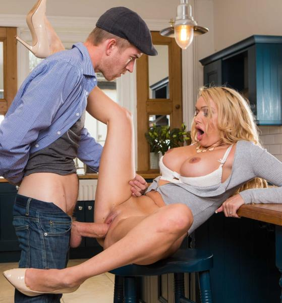 Danny D, Amber Jayne - Dont Fuck The Mother-In-Law