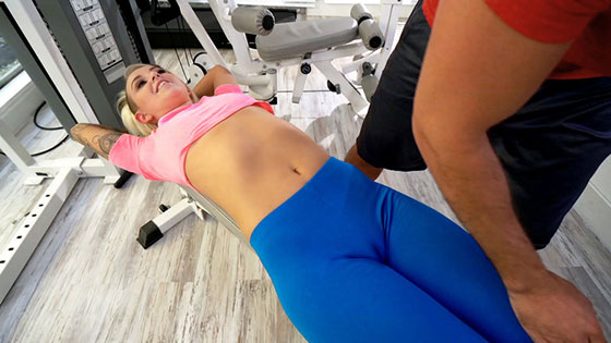 [DontBreakMe] Pressley Carter - Trainer Stretches Pressley Out Stream