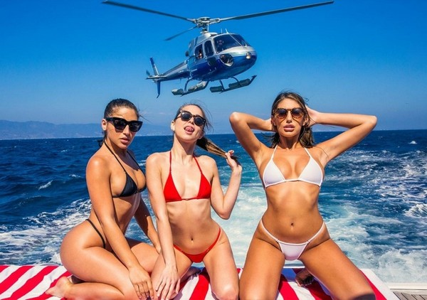 Riley Reid, August Ames, Abella Danger - Girls Day Out 25.11.2016