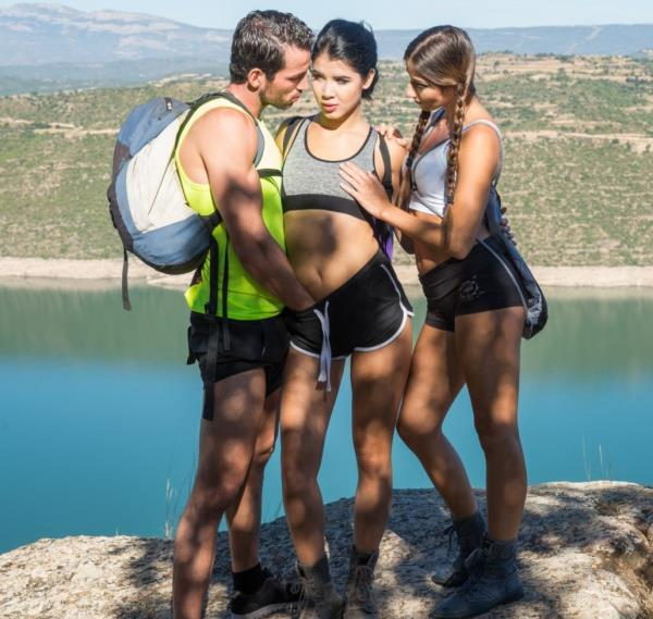 Clea Gaultier, Lady Dee - Lady Dee and Clea Gaultier Ride in a Wild Trio 1080p Cover