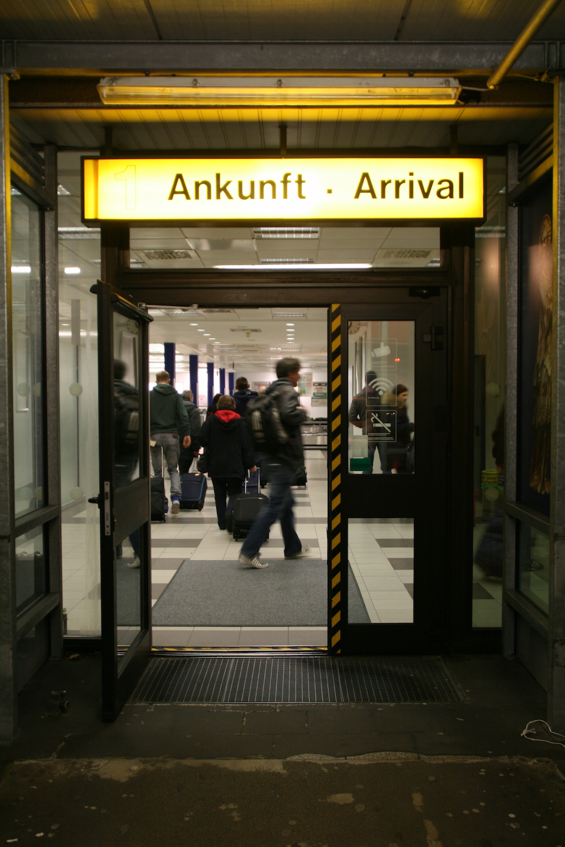 flughafen berlin abflug