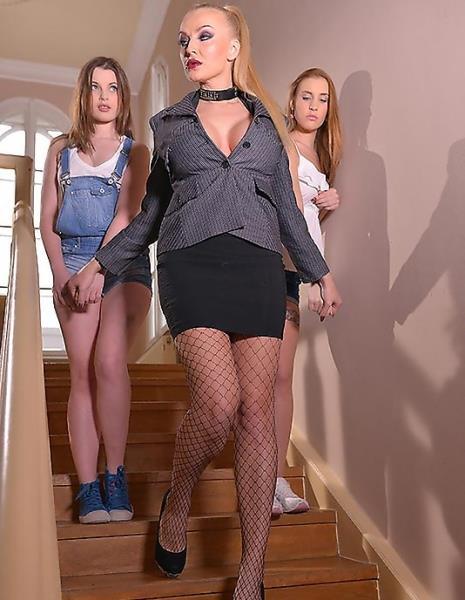 Lulu Love, Liona, Kayla Green - Smoking Hot_ Lesbian Teens Ass Fucked By Busty Dominatrix 1080p