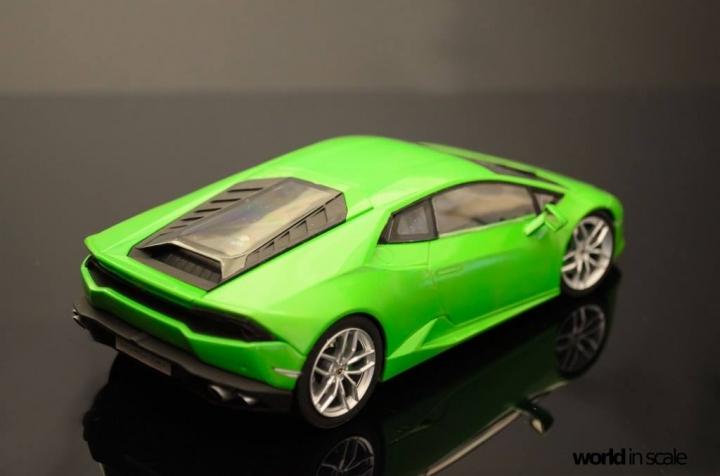Lamborghini Huracán LP 610-4 - 1/24 by Aoshima Fmzv5t9p