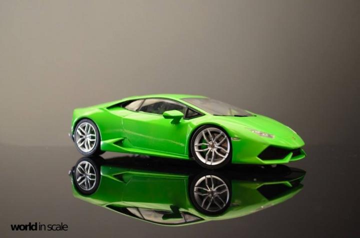 Lamborghini Huracán LP 610-4 - 1/24 by Aoshima O8hsk3ez