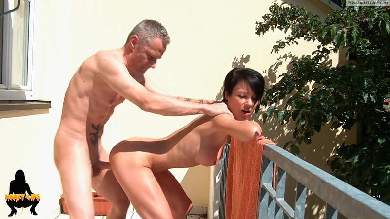 Public fuck on the balcony