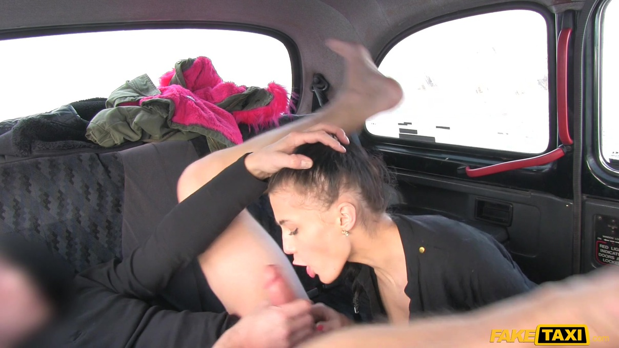 FakeTaxi – Nicole Love