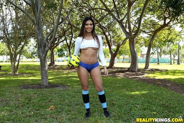 Cindy - Soccer Sucker 17.02.2017