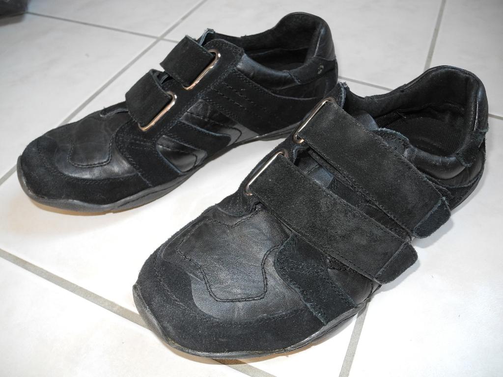 sds herren sneaker halbschuhe schwarz klettverschlu in 42 ebay. Black Bedroom Furniture Sets. Home Design Ideas