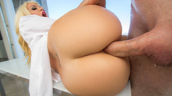 Layla Price - The Price of Anal 12.10.14