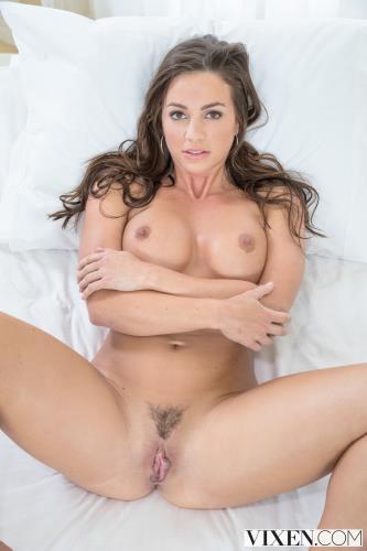 Abigail Mac (2017) 4K