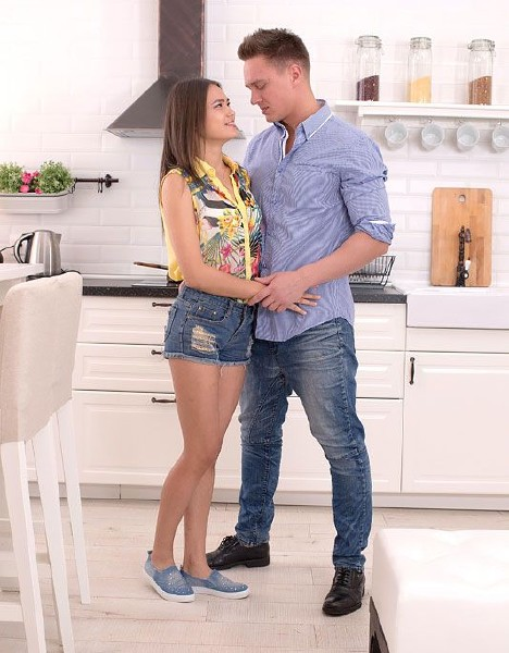 Alexa - A Perfect Pussy for Pounding - Hardcore Teen Sex 2160p