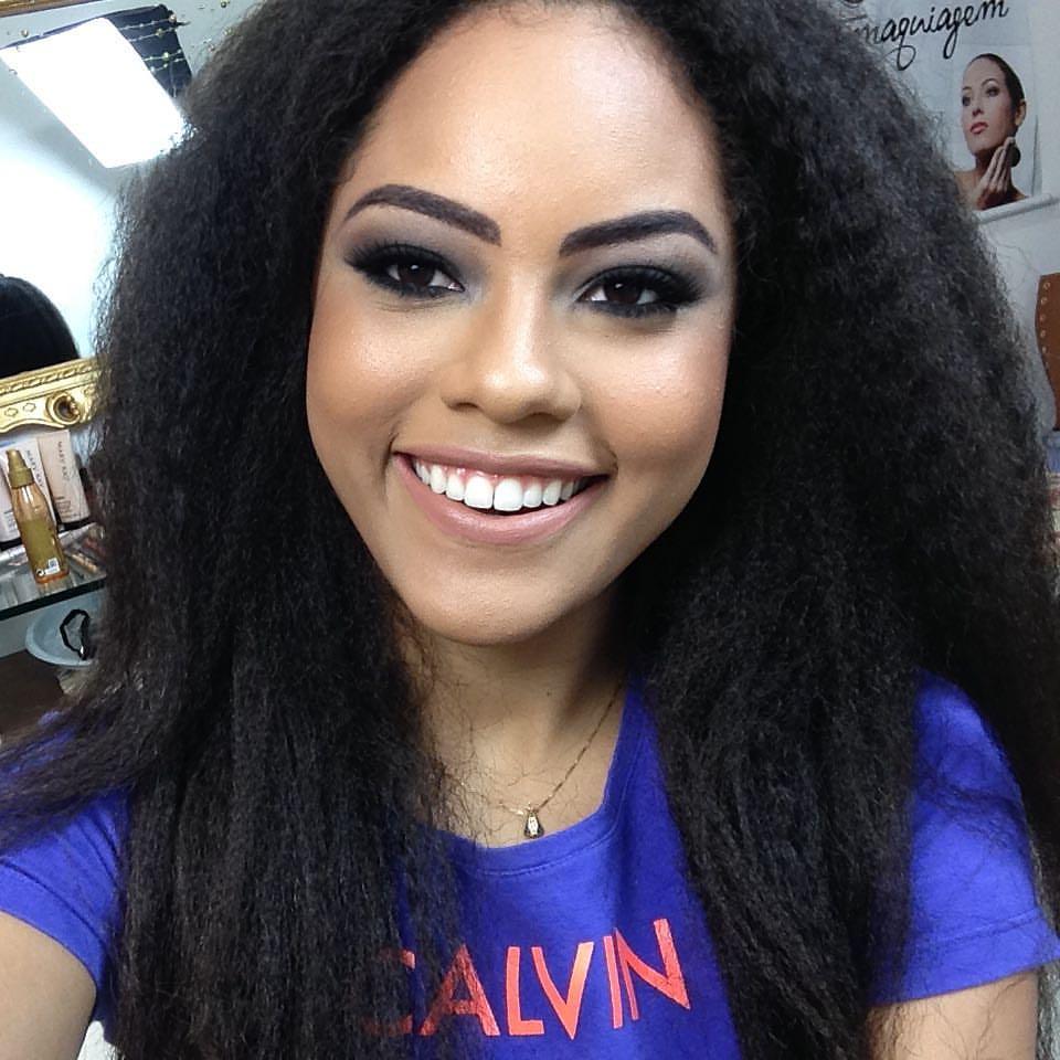 natali vitoria, miss roraima mundo 2020/top 15 de miss brasil universo 2019 /miss brasil teen universe 2017. primeira miss negra a vencer o miss roraima. - Página 2 Cozfwgwm