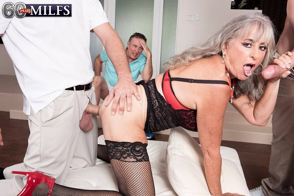 Silva Foxx - Three-way humiliation