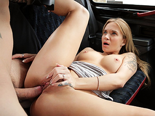 Angel Piaff - Tourist Pays Taxi Fare with Cum 30.03.2017