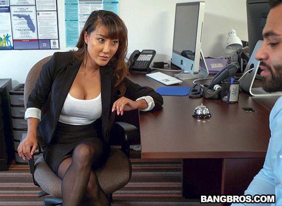 Tiffany Rain - Tiffany finally gets fucked in her office 1080p Cover
