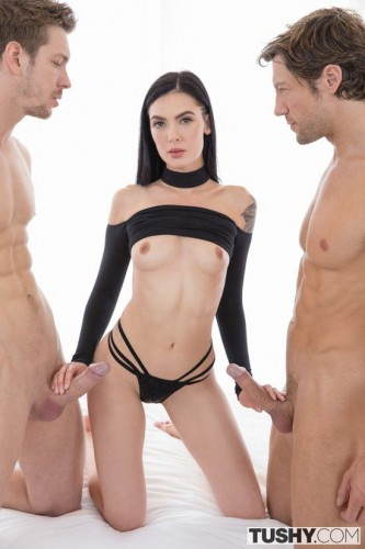 Marley Brinx - After The Shoot 1080p Cover