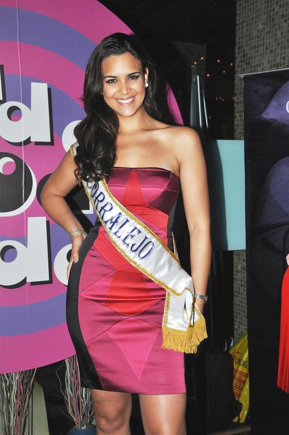 elisa najera, top 5 de miss universe 2008. Smftr3bm