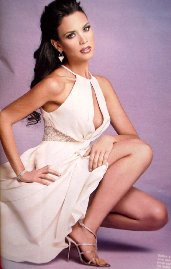 elisa najera, top 5 de miss universe 2008. - Página 3 Wk37f5xg