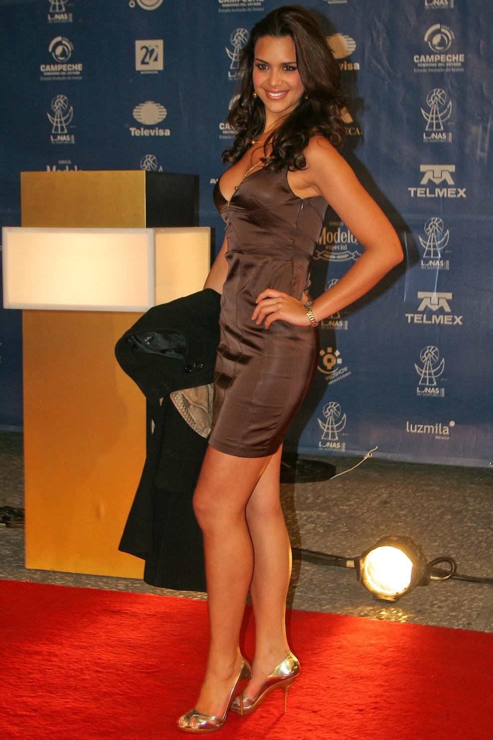 elisa najera, top 5 de miss universe 2008. Yeua7s9c