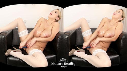 MatureReality - Kathy Kozy - Huge Oily Bosom (Oculus)