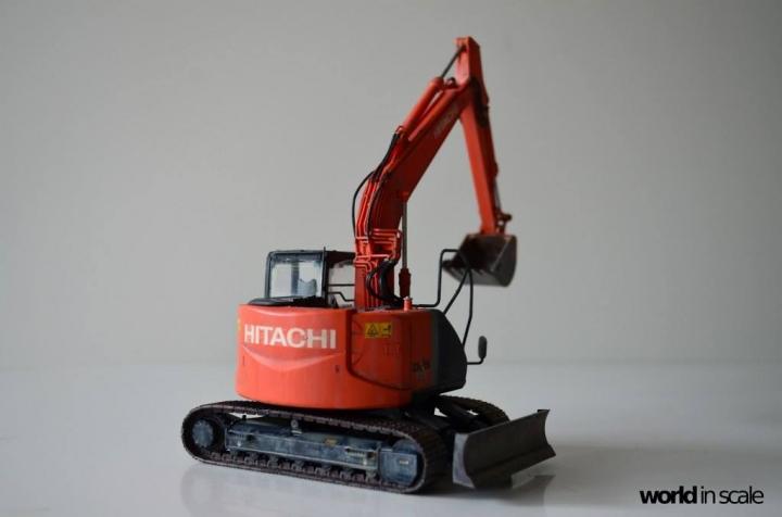 Hitachi ZAXIS 135US - 1/35 by Hasegawa Cwhzba7b