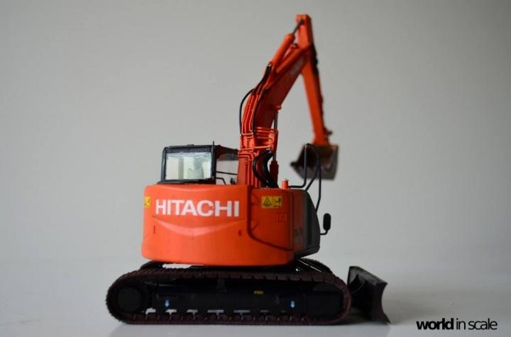 Hitachi ZAXIS 135US - 1/35 by Hasegawa Gszktt3r