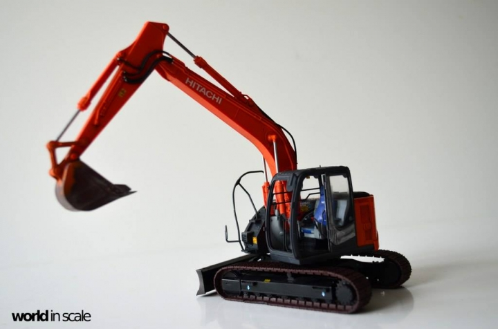 Hitachi ZAXIS 135US - 1/35 by Hasegawa On6iy4rx