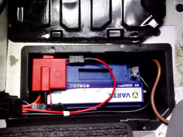 zweitbatterie ohne trennrelais einbauen seite 2 das mercedes sprinter vw lt2 vw crafter. Black Bedroom Furniture Sets. Home Design Ideas