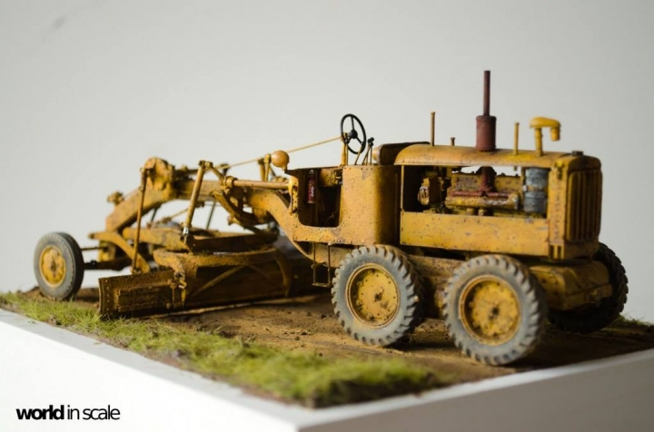 "Caterpillar 12 ""Motor Grader"" - 1/35 by Plus Model Cwkuqknd"