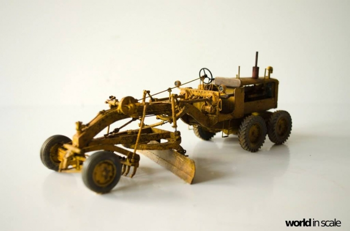 "Caterpillar 12 ""Motor Grader"" - 1/35 by Plus Model Ftejcx6c"