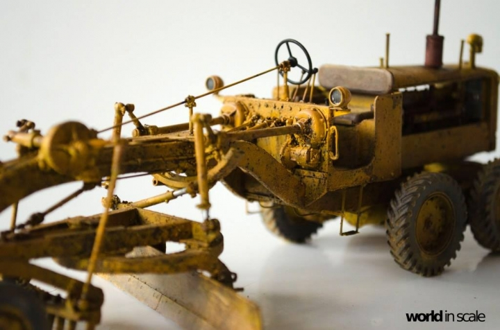 "Caterpillar 12 ""Motor Grader"" - 1/35 by Plus Model Jpt6nr8x"