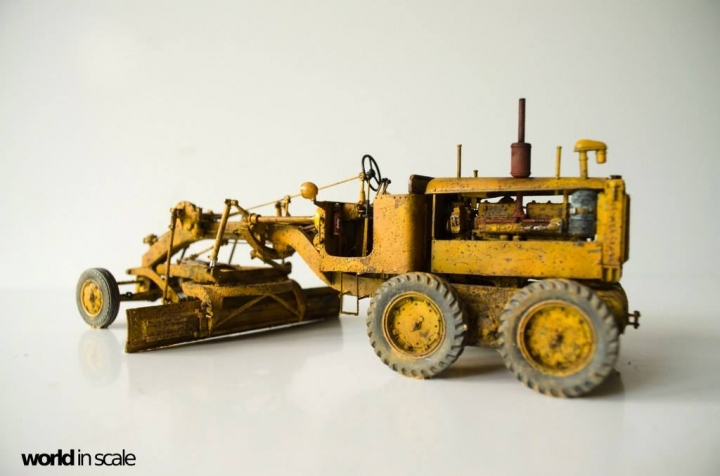"Caterpillar 12 ""Motor Grader"" - 1/35 by Plus Model Ukesq4or"
