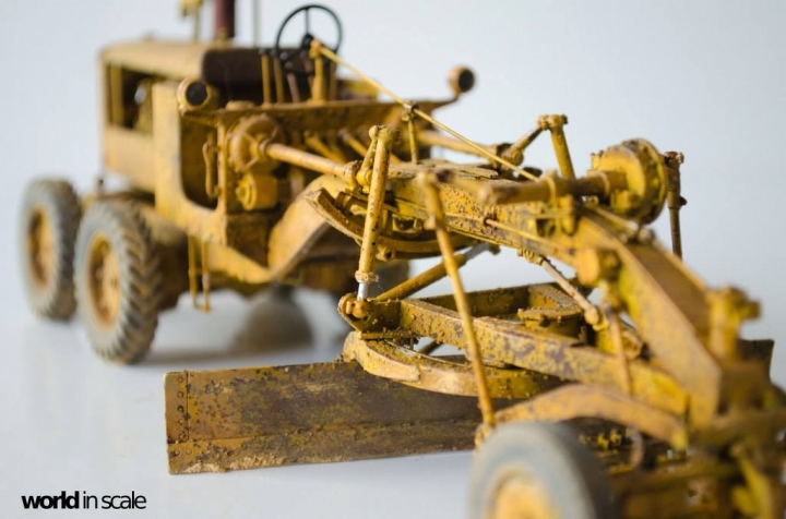 "Caterpillar 12 ""Motor Grader"" - 1/35 by Plus Model Zhf5nxit"
