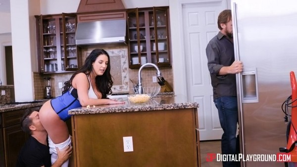 Angela White - In A Pinch - 03.07.2017